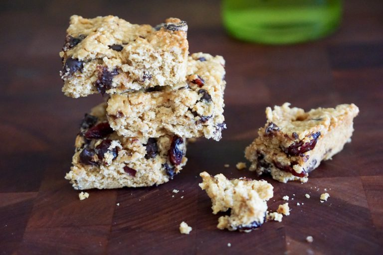 Adaptable Oat Bars, Lactation Edition